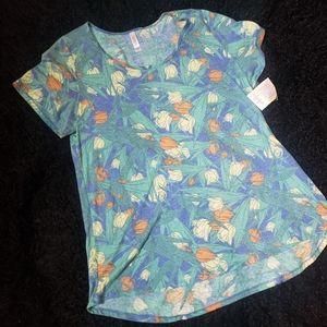 NWT Lularoe classic tulip tee shirt E